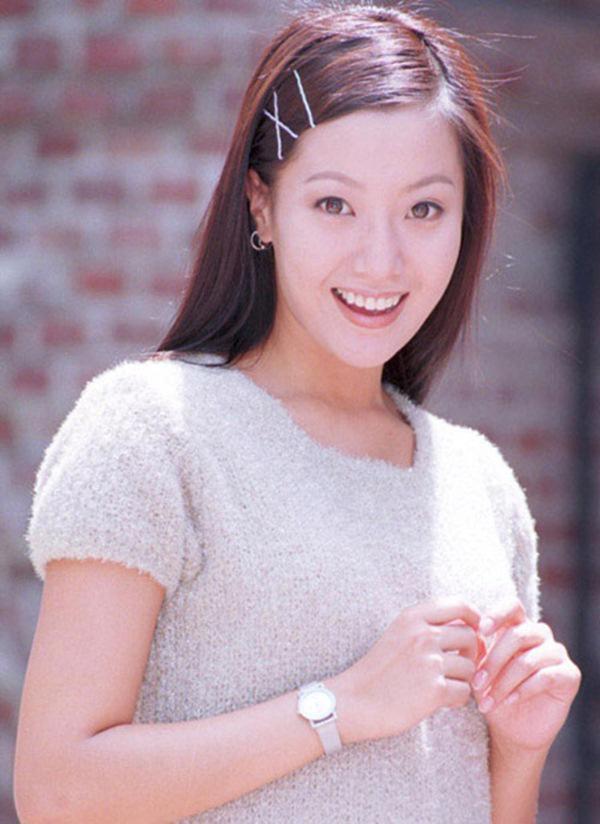 Kim Hee Sun - Người phụ nữ duy nhất tự tin khẳng định đẹp hơn Kim Tae Hee - ảnh 2