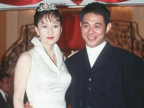 Người tình Hoa hậu từng được vua sòng bài Macau yêu say đắm: Bị chính thất đánh ghen hội đồng, chỉ  được yên khi trở thành vợ Lý Liên Kiệt? - Ảnh 14.