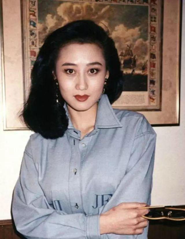 Người tình Hoa hậu từng được vua sòng bài Macau yêu say đắm: Bị chính thất đánh ghen hội đồng, chỉ  được yên khi trở thành vợ Lý Liên Kiệt? - Ảnh 3.