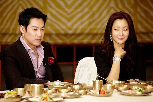 Kim Hee Sun - Người phụ nữ duy nhất tự tin khẳng định đẹp hơn Kim Tae Hee - ảnh 6