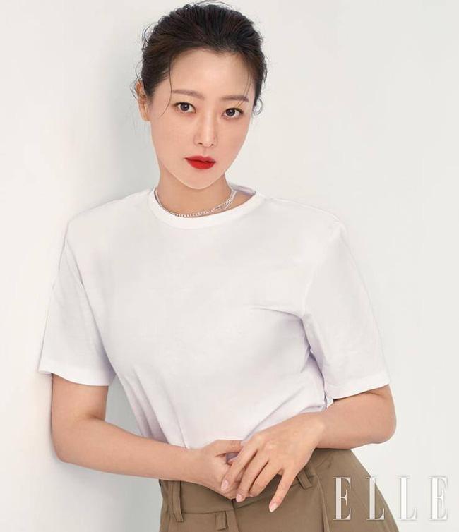 Kim Hee Sun - Người phụ nữ duy nhất tự tin khẳng định đẹp hơn Kim Tae Hee - ảnh 9