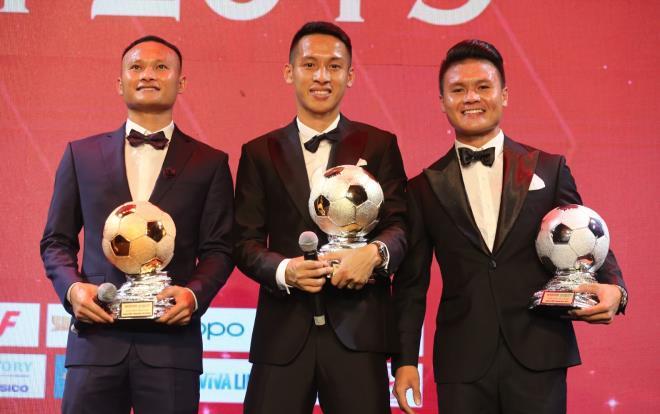 3 yếu tố giúp Hùng Dũng vượt Quang Hải, giành Quả bóng Vàng Việt Nam 2019 - Ảnh 1.