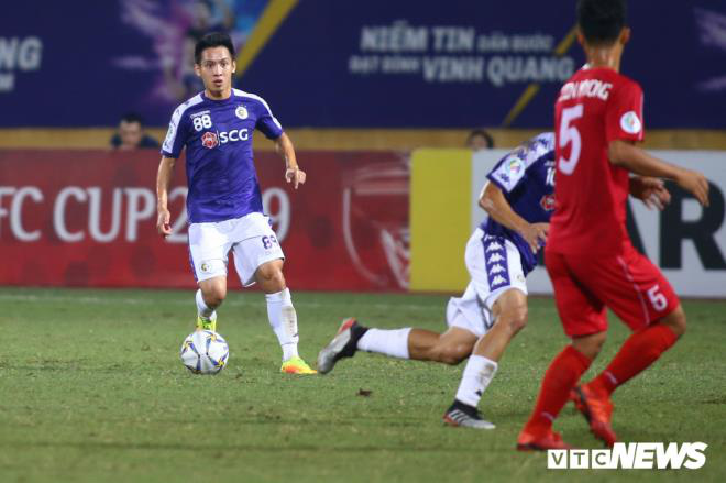 3 yếu tố giúp Hùng Dũng vượt Quang Hải, giành Quả bóng Vàng Việt Nam 2019 - Ảnh 2.