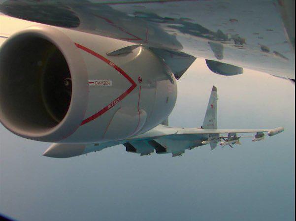 Hai loại tên lửa khủng lắp trên Su-35 Nga khi truy sát máy bay P-8 Mỹ đáng sợ như nào? - Ảnh 3.