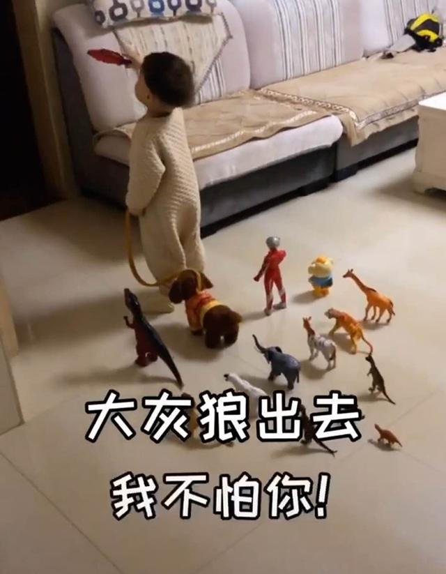 Đang ngủ thấy con trai dẫn cả dàn chiến hữu ra phòng khách, biết lý do người mẹ xúc động không nói nên lời - Ảnh 3.