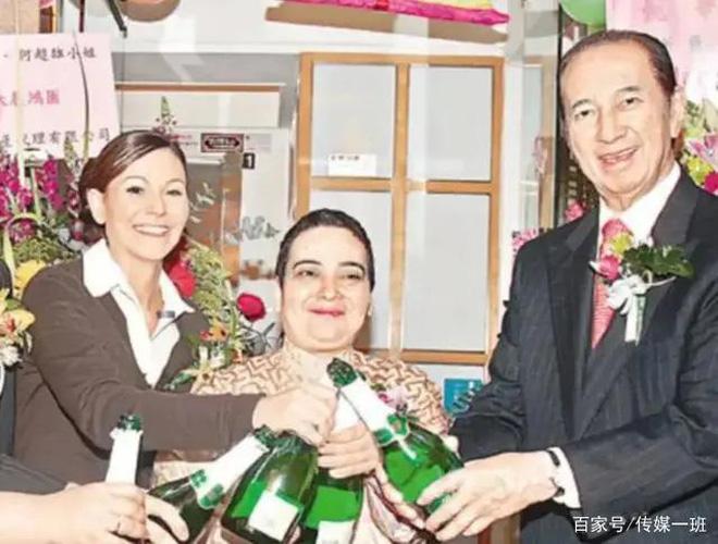 Hà Siêu Hùng: Con gái bị trùm sòng bạc Macau ghẻ lạnh, gồng gánh vì anh qua đời, chị điên loạn - ảnh 18