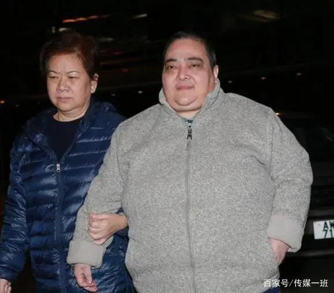 Hà Siêu Hùng: Con gái bị trùm sòng bạc Macau ghẻ lạnh, gồng gánh vì anh qua đời, chị điên loạn - ảnh 7