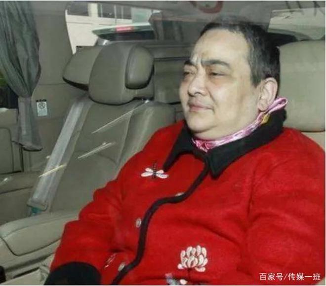 Hà Siêu Hùng: Con gái bị trùm sòng bạc Macau ghẻ lạnh, gồng gánh vì anh qua đời, chị điên loạn - ảnh 8