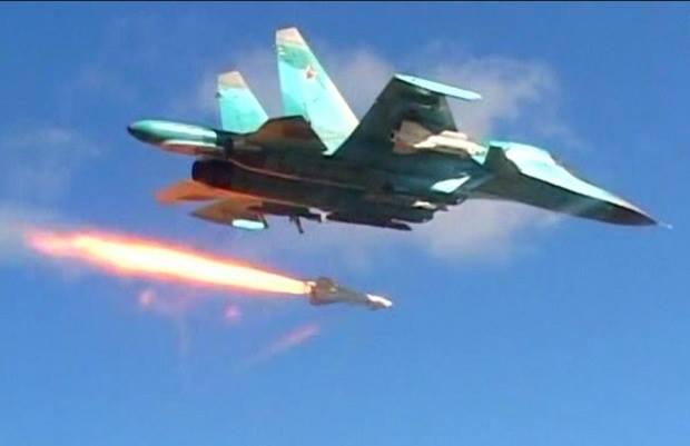 Su-30MK2 Venezuela bay cực thấp, sát sạt trên đầu tàu dầu Iran - KQ Nga bất ngờ dồn dập xuất kích ở Syria sau nhiều tháng - Ảnh 1.