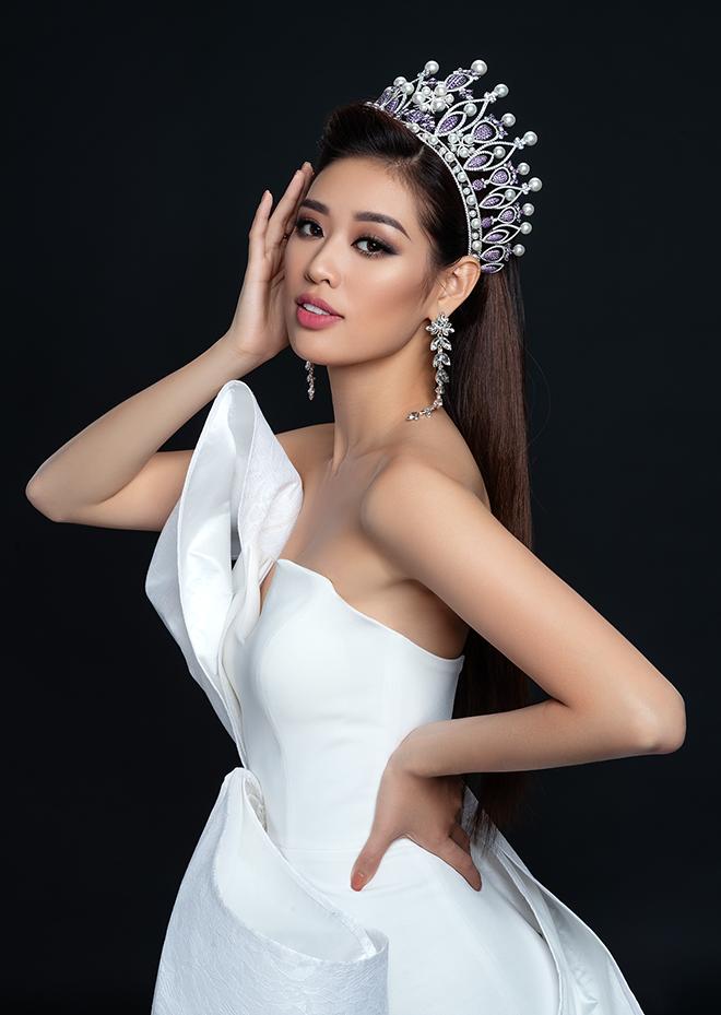 Hoa hậu Khánh Vân khoe ảnh gợi cảm - Ảnh 8.