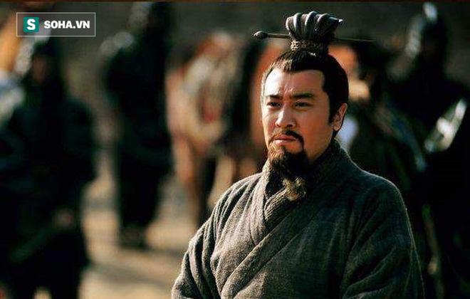 Có nhiều nhân tài nổi tiếng, sao tập đoàn chính trị của Lưu Bị vẫn bị cho là ít đoàn kết nhất? - Ảnh 3.