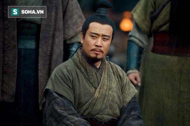 Có nhiều nhân tài nổi tiếng, sao tập đoàn chính trị của Lưu Bị vẫn bị cho là ít đoàn kết nhất? - Ảnh 4.