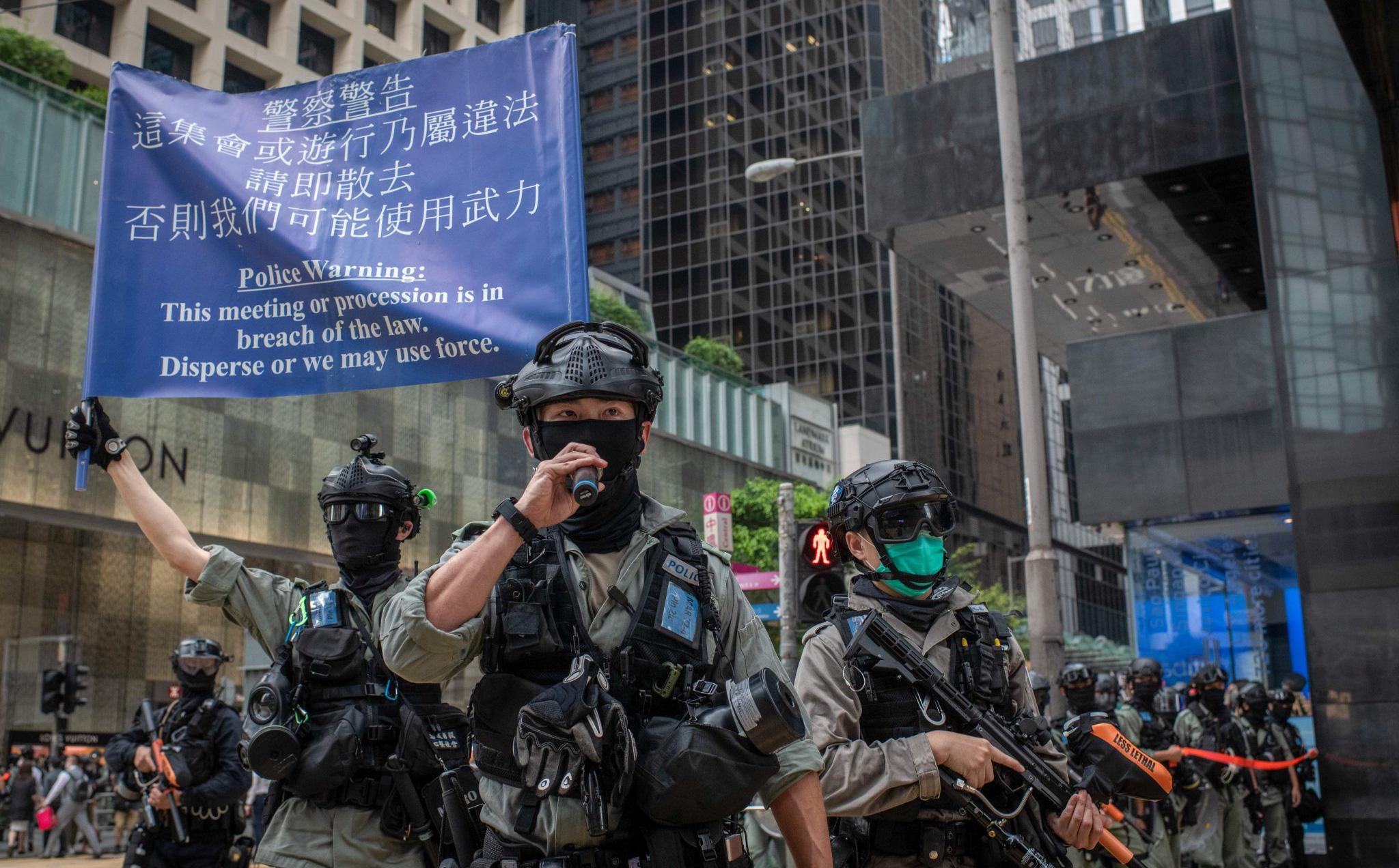 """Tình bạn với ông Tập rạn vỡ vì luật an ninh Hồng Kông, ông Trump còn một """"vũ khí tối thượng"""""""