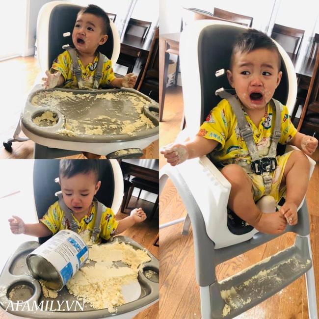 Đưa hộp sữa cho con chơi để đi nấu cơm, lát sau mẹ trở tay không kịp với hậu quả, nhưng phản ứng của cậu bé mới buồn cười - Ảnh 1.