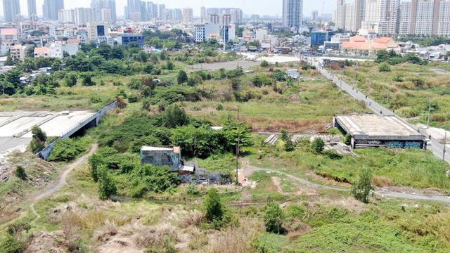 Cận cảnh khu đất 4,3ha ngoài ranh quy hoạch Thủ Thiêm người dân được hoán đổi - Ảnh 2.