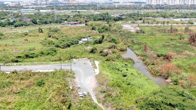 Cận cảnh khu đất 4,3ha ngoài ranh quy hoạch Thủ Thiêm người dân được hoán đổi - Ảnh 15.