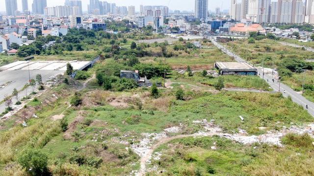 Cận cảnh khu đất 4,3ha ngoài ranh quy hoạch Thủ Thiêm người dân được hoán đổi - Ảnh 3.