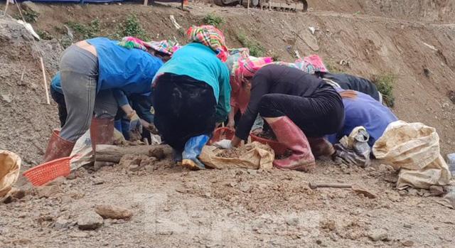 Cận cảnh công trường khai thác vàng trái phép ở 'mỏ tử thần' Minh Lương - Ảnh 4.