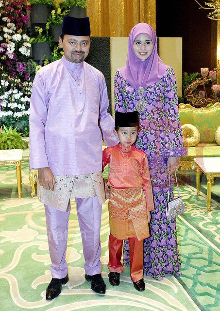 Nàng dâu Lọ Lem của hoàng gia Brunei trong hôn lễ xa hoa bậc nhất châu Á cách đây 16 năm hiện giờ có cuộc sống ra sao? - Ảnh 6.