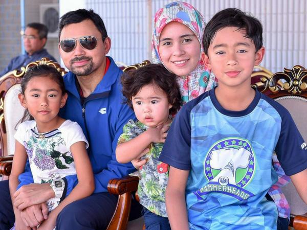 Nàng dâu Lọ Lem của hoàng gia Brunei trong hôn lễ xa hoa bậc nhất châu Á cách đây 16 năm hiện giờ có cuộc sống ra sao? - Ảnh 8.