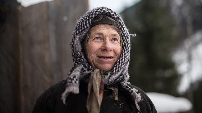 Suốt 40 năm, một gia đình người Nga sống cô lập trong vùng núi hoang dã tận cùng của Trái đất và cắt đứt mọi liên hệ với nền văn minh nhân loại - Ảnh 9.