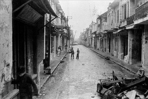 Ký ức kinh đô Thăng Long những lần hoang vắng trong lịch sử - Ảnh 1.