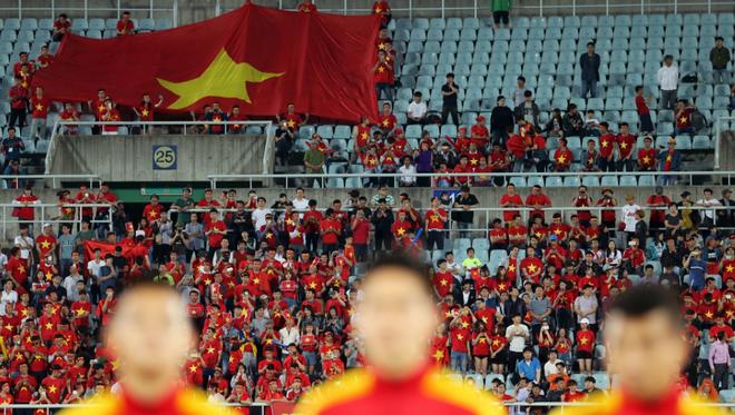 Màn trình diễn khiến FIFA phải thán phục & lời nhận xét chói tai của bầu Đức - Ảnh 3.