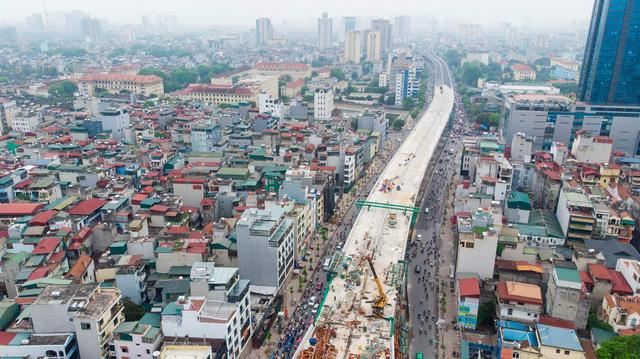 Cận cảnh đường vành đai 2 của Hà Nội sau 2 hơn năm thi công  - Ảnh 1.