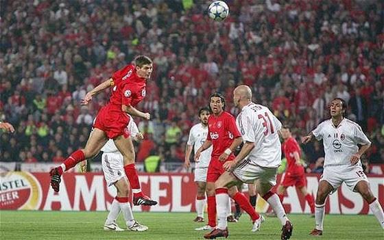 Istanbul có nguy cơ mất quyền đăng cai chung kết Champions League - Ảnh 1.