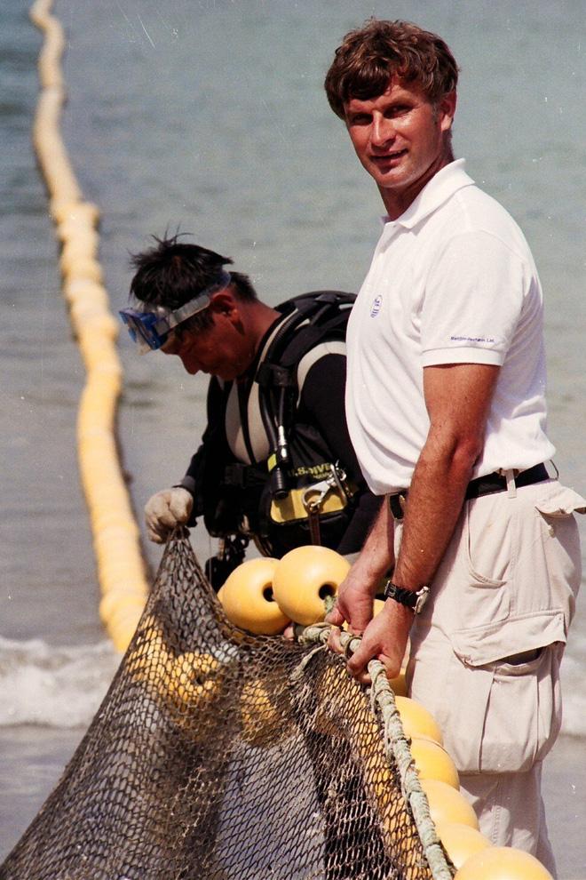 Vùng biển nhuốm máu: Chương sử kinh hoàng với người Hong Kong, nơi có nhiều người bị cá mập cắn chết bậc nhất hành tinh - Ảnh 9.
