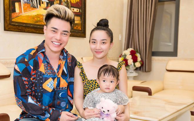 Lê Dương Bảo Lâm tiết lộ chuyện vợ gặp tai nạn ô tô khi mang bầu con đầu lòng - Ảnh 3.