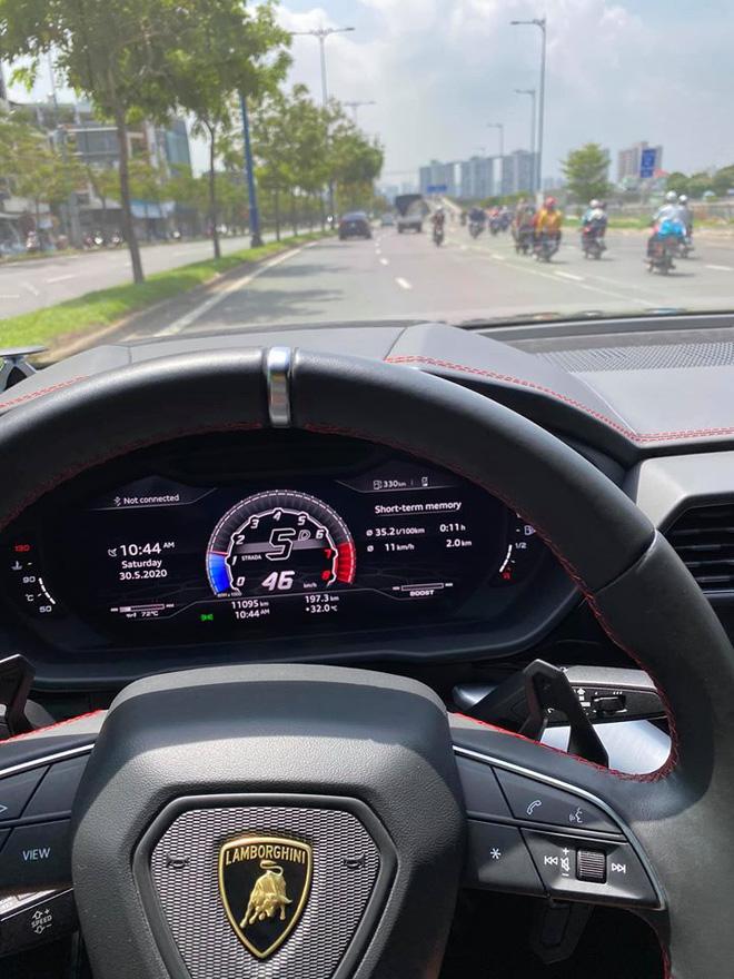 Sau bao tâm huyết độ xe, Minh nhựa bán Lamborghini Urus khiến dân tình tò mò chờ đón siêu phẩm mới - Ảnh 1.