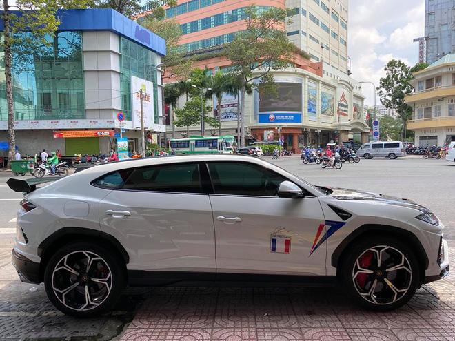 Sau bao tâm huyết độ xe, Minh nhựa bán Lamborghini Urus khiến dân tình tò mò chờ đón siêu phẩm mới - Ảnh 2.