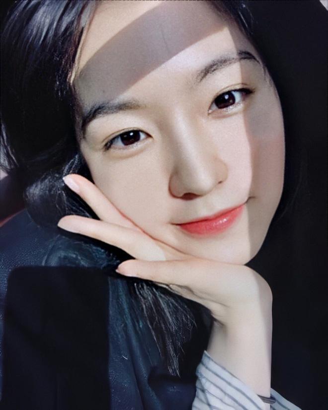 Netizen bình chọn 10 mỹ nhân Hàn mặt mộc đẹp nhất: Song Hye Kyo và dàn diễn viên chịu thua 2 nữ idol, No.1 gây sốc vì % thắng quá khủng - Ảnh 19.