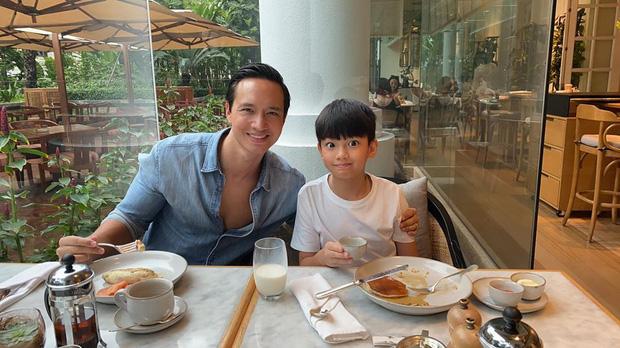 Đang bầu bí, Hà Hồ vẫn đưa con trai đi vui chơi cuối tuần: Nhan sắc mẹ bầu qua camera thường gây chú ý - ảnh 6