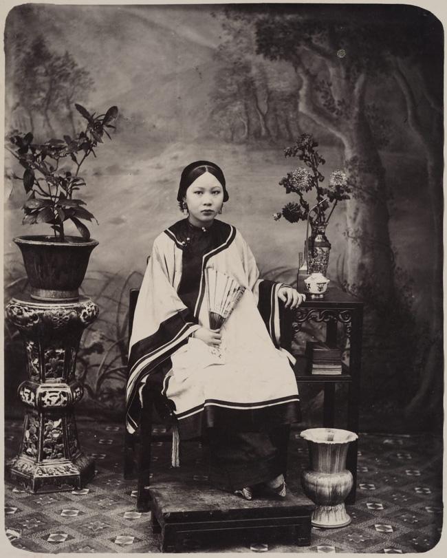 Loạt ảnh triều nhà Thanh nửa cuối thế kỷ 19: Khoảng cách giữa giới thượng lưu, trung lưu và bình dân khiến người xem phải ngỡ ngàng - Ảnh 6.