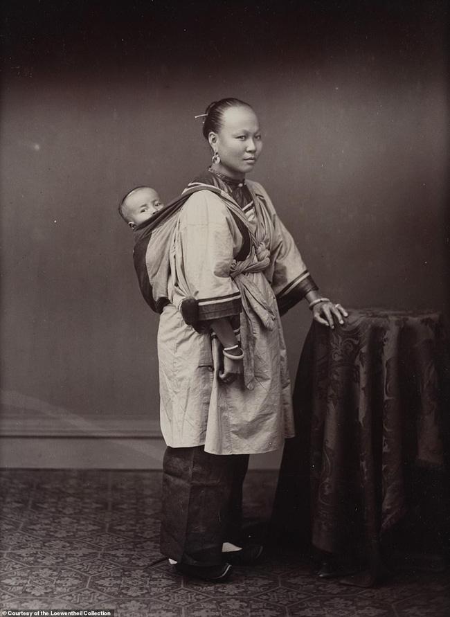 Loạt ảnh triều nhà Thanh nửa cuối thế kỷ 19: Khoảng cách giữa giới thượng lưu, trung lưu và bình dân khiến người xem phải ngỡ ngàng - Ảnh 9.