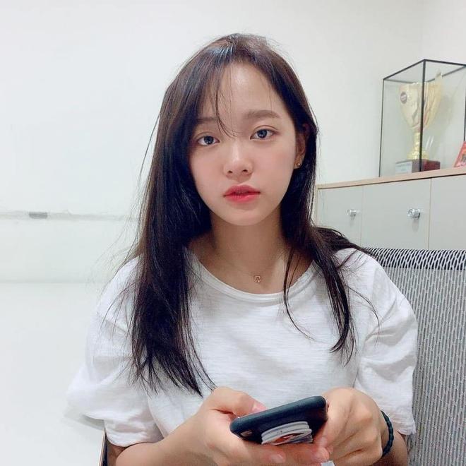 Netizen bình chọn 10 mỹ nhân Hàn mặt mộc đẹp nhất: Song Hye Kyo và dàn diễn viên chịu thua 2 nữ idol, No.1 gây sốc vì % thắng quá khủng - Ảnh 10.