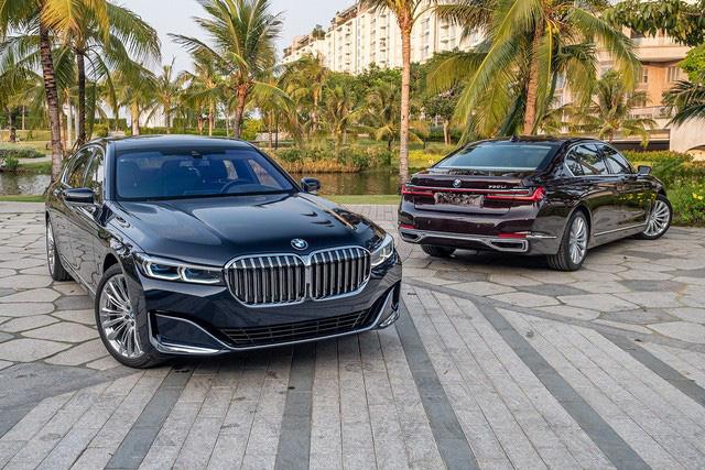 Không nằm yên như xe phổ thông, Mercedes-Benz, BMW và Audi ganh đua gay gắt tại Việt Nam: Sẵn hàng nhiều xe mới, 'option' ngày càng xịn, mặt bằng giá giảm sâu  - Ảnh 2.