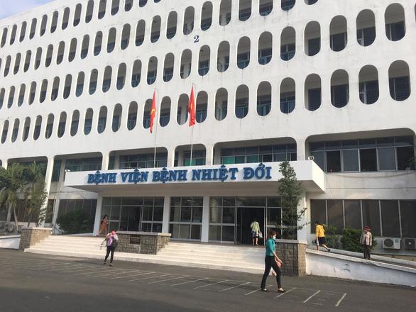 Dịch COVID-19 tại Việt Nam sẽ kéo dài đến khi nào?; Công bố khỏi bệnh cho 5 bệnh nhân COVID-19, trong đó có 2 ca tái dương tính - Ảnh 1.