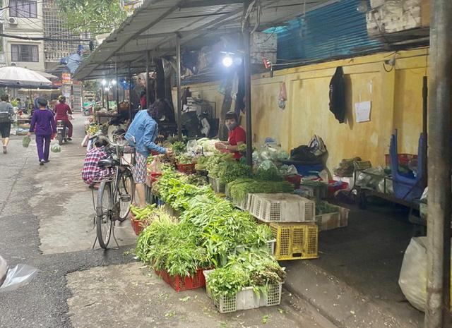 Giá rau, củ, quả giảm mạnh từ chợ cho đến siêu thị - Ảnh 2.