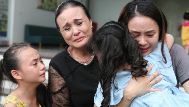 Mẹ chồng Hồng Diễm: Khi hóa trị đến mũi thứ 6, tôi sụp đổ hoàn toàn - Ảnh 1.