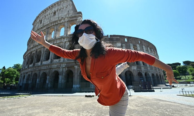 Italia nới lỏng phong tỏa, người dân hò reo vui mừng - Ảnh 6.