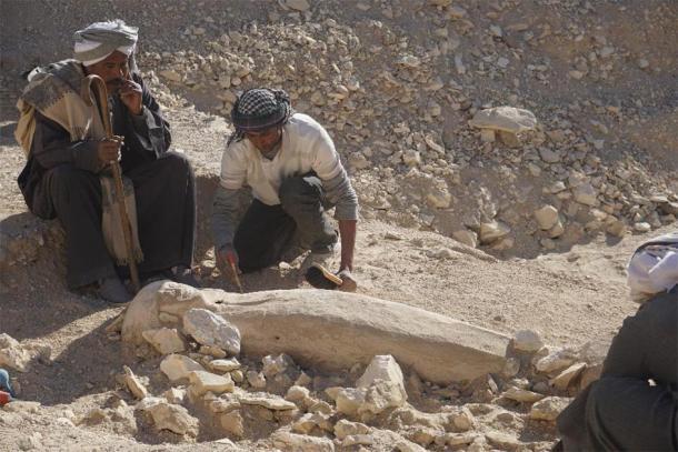 Giải mã bí ẩn xác ướp niên đại 3.500 tuổi của thiếu nữ mặc áo cưới trong cỗ quan tài chứa đầy báu vật cổ xưa - Ảnh 2.