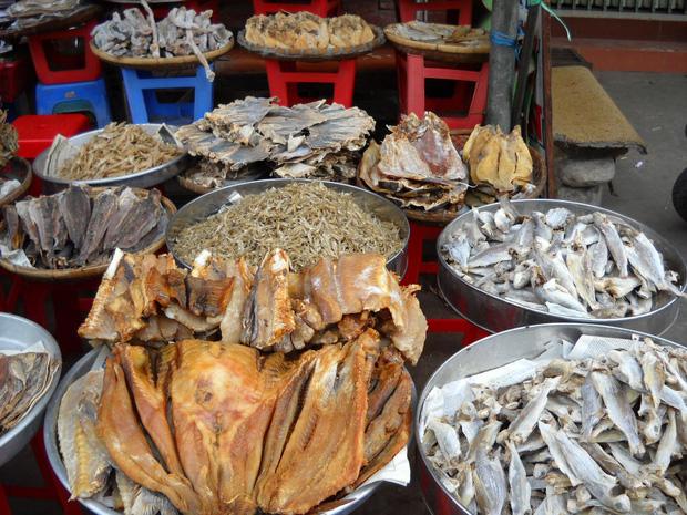Giá rẻ chưa bằng một bát phở nhưng đây là những mặt hàng Việt quốc dân mà ai ai cũng đã một lần thưởng thức - Ảnh 4.
