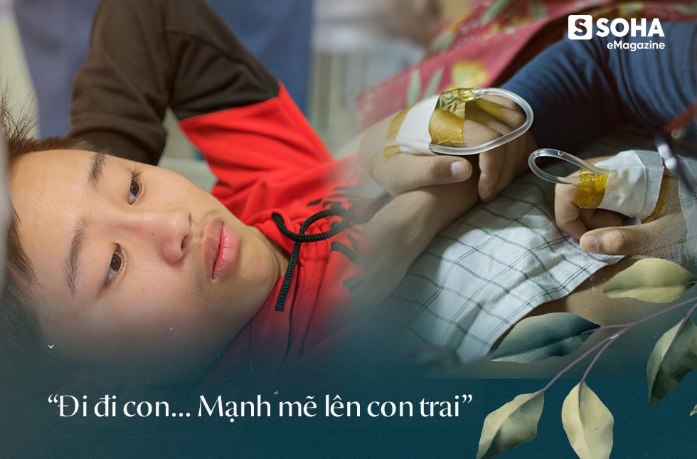 Cậu bé 12 năm sống trên chiếc bô xanh: Khát khao sống của đứa trẻ không bụng, mang bệnh 1 tỷ người mới có 1 người bị - Ảnh 11.