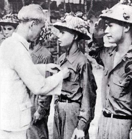 Chủ tịch Hồ Chí Minh với Chiến dịch Điện Biên Phủ  - Ảnh 4.