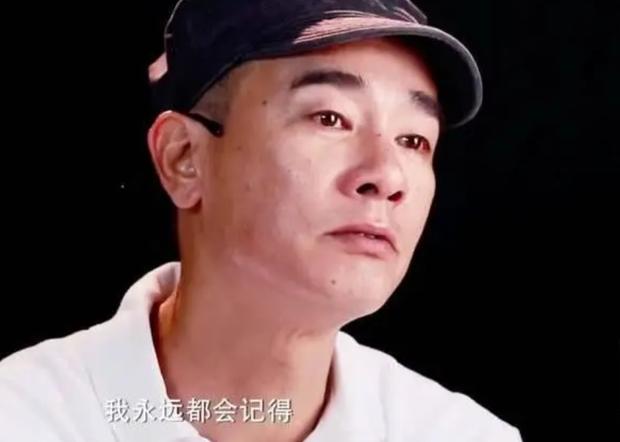 Cuộc sống hiện tại của Vi Tiểu Bảo: Gia sản trăm tỷ, vợ Á hậu, nhưng luôn day dứt vì xui bố mẹ bán em trai lấy 10 triệu - Ảnh 2.