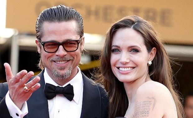 Angelina Jolie và Brad Pitt bất ngờ thân mật trở lại - Ảnh 1.
