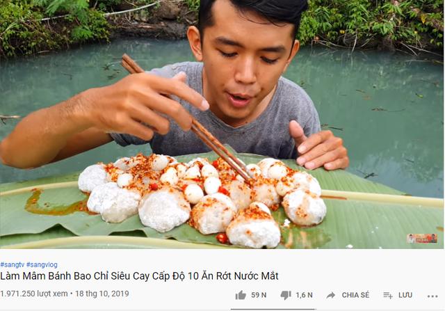 5 sự thật về YouTuber nghèo nhất và nghị lực nhất Việt Nam: Ở nhà tre nứa, làm phụ hồ, ngủ nền xi măng - Ảnh 10.